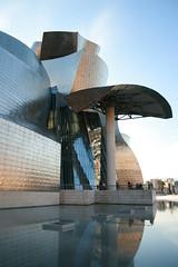 Guggenheim Museum (Leonardo Camejo) Tags: espaa spain bilbao guggenheim