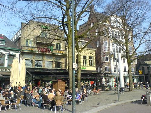 Cafés auf dem Marktplatz in Enschede