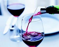 Los test de alcoholemia afectan la venta de vino en restaurantes