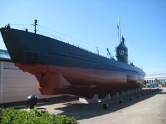 Un gros sous-marin