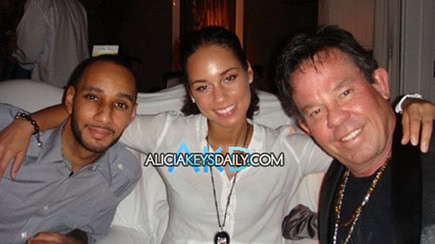 alicia-keys-swizz-beatz by The Hollywood Glitz