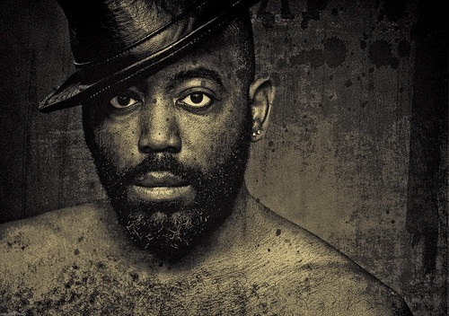 フリー画像| 人物写真| 男性ポートレイト| 外国人男性| 黒人| 帽子| モノクロ写真|     フリー素材|