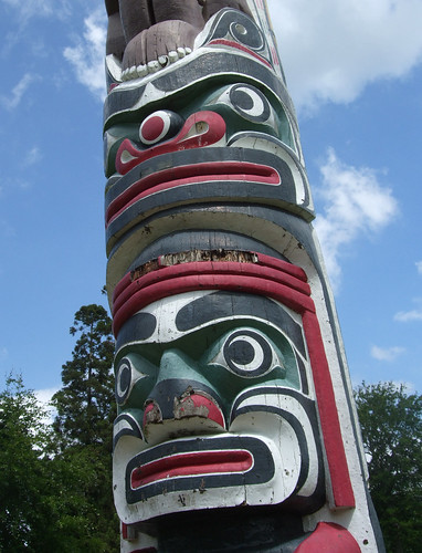totempole-detail1