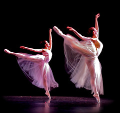 Elegant Ballet Birds - Explored (chicbee04) Tags: arizona ballet campus dance ballerina university theatre tucson magic performance dancer elegant performers graceful bailarina universityofarizona ballerinas pointeshoes bailarinas balletdancer enpointe everythingisbeautiful explored stevieellerdancetheatre ashotadayorso theaterandperformingarts arizonaballettheatrecompany arizonaballettheatre aflordepielfeelingsflushwithskin onlythebestareinjacksgallery magicofdance2009 homage2009 birdsofballet everythingarizona balletbirds
