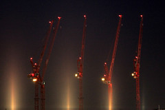Crane of Rotterdam (sebastien banuls) Tags: voyage travel red netherlands night photography rotterdam photographie crane nederland  kopvanzuid paysbas pases grue euromast niederlande  hollande hollandia paesi bajos bassi  holandia baixos nederlnderna  alankomaat     cranerotterdam