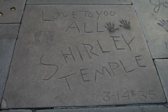 Shirley Temple's prints in cement