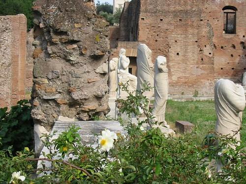De Vestaalse Maagden in het Forum Romanum