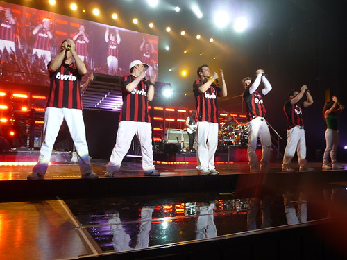 NKOTB in Frankfurt durinf finale wearing AC Milan shirts