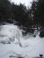 P2080087 (Jonathan Riverwalker) Tags: winter snow ski ice frozen waterfall extreme hike falls adventure explore wentworth waterfalls february 2009 gc skitracks wentworthfal
