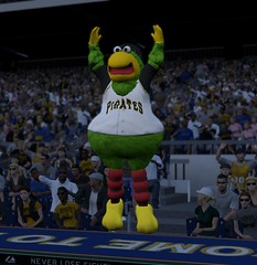 MLB 09 The Show Screenshot  PIT MASCOT