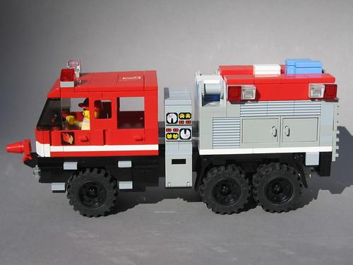 LEGO S&S Wildland Ultra XT (3)