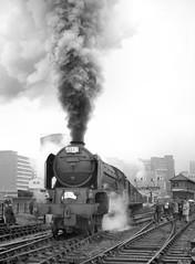 Class A1 60145 'Saint Mungo'. Birmingham (Moor Street). 5 September 1965 (ricsrailpics) Tags: uk bw birmingham steam 1965 peppercorn moorstreetstation classa1 exlner wrsspecial