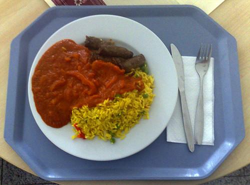 Bifteki mit Curry-Gemüse-Reis