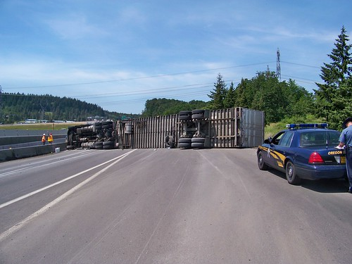 I-5 crash on 5-29-09 by OregonDOT, on Flickr