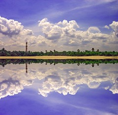 Tranquility - On Explore (sir_watkyn) Tags: sky india lake clouds composition landscape interestingness shoreline tranquility explore shore chennai soe tamil nadu on abigfave platinumphoto ysplix theunforgettablepictures flickrlovers sirwatkyn graphicmaster