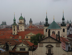 Praha (dese) Tags: city roof primavera by town photo spring europa europe european foto prague may churches prag praha roofs dome czechrepublic domes charlesbridge oldtown 2009 oldcity tak vr karlsbroen kuppel karlvmost dese may29 starmsto tsjekkia spir oldtownbridgetower kruttrnet karlsbrua desefoto kyrkjer tnkyrkja kuplar