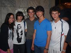 me and Demi Lovato & Jonas Brothers (gonzbradshaw) Tags: rock concert brothers famous concierto band disney pop singers demi jonas famosos channel lovato jonasbrothers ashleytisdale zacefron mileycyrus selenagomez demilovato