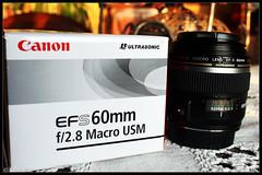 Canon EFS 60mm f/2.8 Macro USM