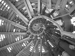 espiral (peterhaupt) Tags: blackandwhite bw tower blancoynegro mxico spiral american latin espiral torrelatinoamericana distritofederalmxico latinamericantowermexico centrohistricomexicodf