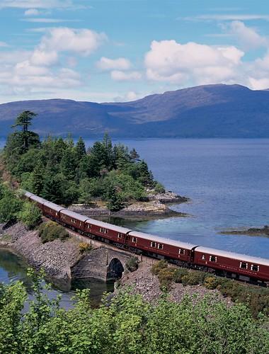 Train Chartering - Royal Scotsman by lake