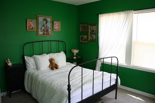 dark green bedroom walls ask sanders kristin 39 s green bedroom erin