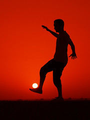 SunBall (Waleed Almotar) Tags: red sun ball foot football wildlife olympus kuwait e3 zuiko waleed  sunball          1442mm almotar    platinumheartaward 100commentgroup adigicam