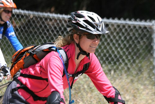 Dirt Series in Santa Cruz: Mountain Bike Skills Clinic for Women