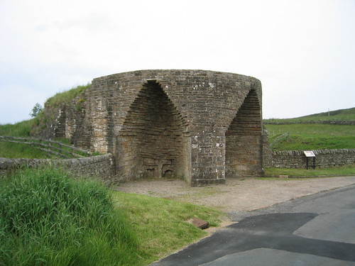 Two views of Crindledykes lime kiln