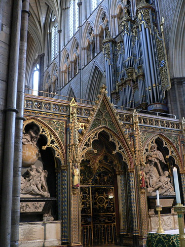 Westminster_Abbey_Interior_04