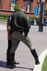 21Law Ride00795 (clockner2) Tags: washingtondc cops boots police uniforms npw nationalpoliceweek lawride breeches motorcyclecops motorcyclepolice nationalpoliceweek2009