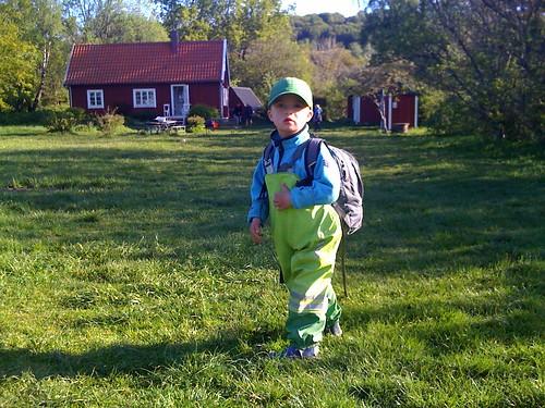 """Tisdag är den dag barnen är på Björkeröd. Ett rätt så okej<br /> ställe…"""" title=""""Dagislämning""""  /></p> <p class="""