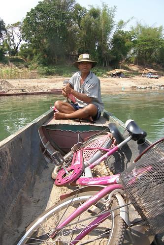 082.連人帶腳踏車包船前往Don Daeng
