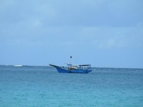 白砂沙灘-漁船