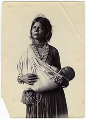 Vernacular Image: Indian Mother And Child (mrwaterslide) Tags: old woman india vintage necklace beads child antique indian madras mother jewelry babywearing sling bracelet oldphoto vernacular webbroadfleamarket