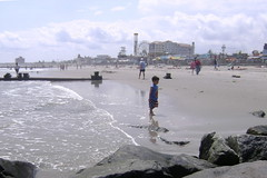 Boy on the beach, Ocean City (moocatmoocat) Tags: oceancity newjersey beach shore water ocean resort mycamerawaspossessedbynormanrockwell nomran rockwell boy moo