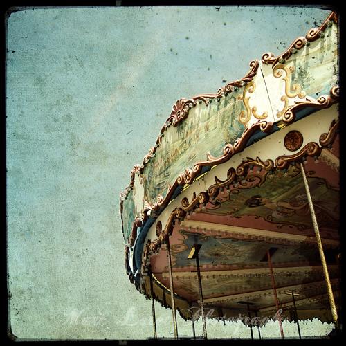 Le Manège - The Carousel