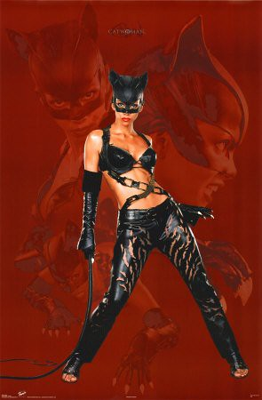 Catwoman---Halle-Berry-Poster-C10123763