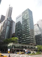 Lever House (Joe Architect) Tags: nyc travel ny newyork architecture manhattan favorites midtown myfavorites modernist 2010 leverhouse yourfavorites newyorkfavorites