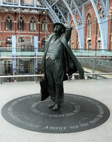 Sir John at St Pancras (2)