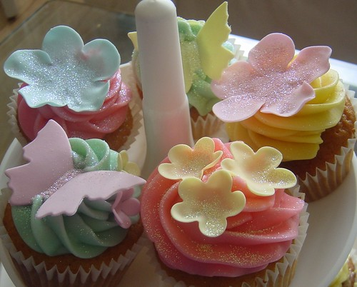 Hannah's Girlie Birthday Cupcakes
