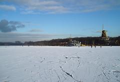 Windmills on Ice (ElseKramer) Tags: snow ice photography sneeuw skating plas molen ijs schaatsen molens elsekramer kralingse winterse taferelen