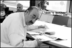 Don't bother (Persimmon Juice) Tags: old bw white man black blanco newspaper noir mayor diary negro bn blanc hombre negre yayo diario abuelo granfather diari iaio
