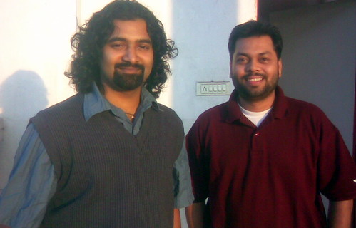 Co-founders of Hover.in - Bhasker V. Kode, CTO (left) and Arun Prabhudesai, CEO