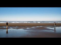 duelo al sol (Bous Castela) Tags: marina mar asturias playa paisaje salinas olas reflejos reto duelo metafoto fotografos ltytr2 ltytr1 ltytr3 ltytr4 ltytr5 ltytr6 bouscastela