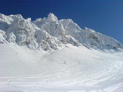nassfeld 03 (florianrieder) Tags: blue schnee winter sky sun snow awesome himmel krnten carinthia sonne handycam snowboarden nassfeld gartnerkofel passodipramollo