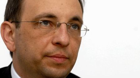 """Министърът на държавната администрация и административната реформа Николай """"Капитан Транслителация"""" Василев"""