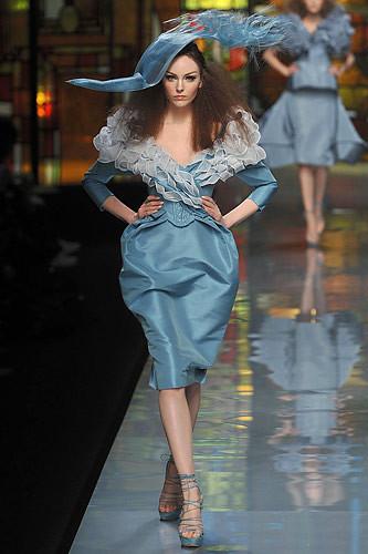 *Cristian Dior .