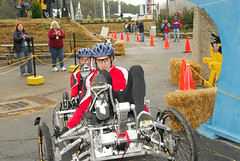 2008 NASA Great Moonbuggy Race: Carleton Unive...