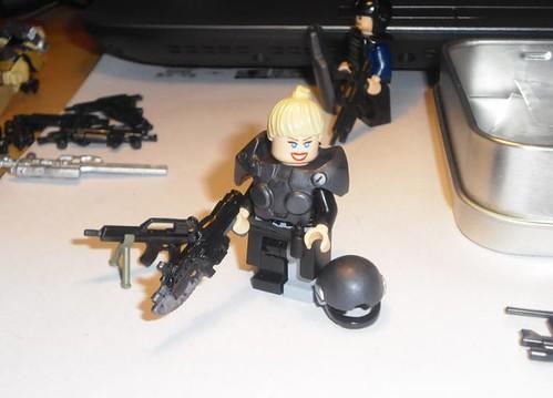 Female GoW soldier custom minifig
