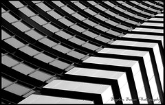 Contrast (Bogdan Boeru) Tags: contrast intercontinental arhitecture arhitectura artinbw